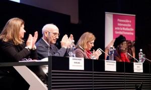 Aplausos tras el emocionante discurso de Khady Koita. Foto: Ana Irigoyen (imagenenaccion.org)