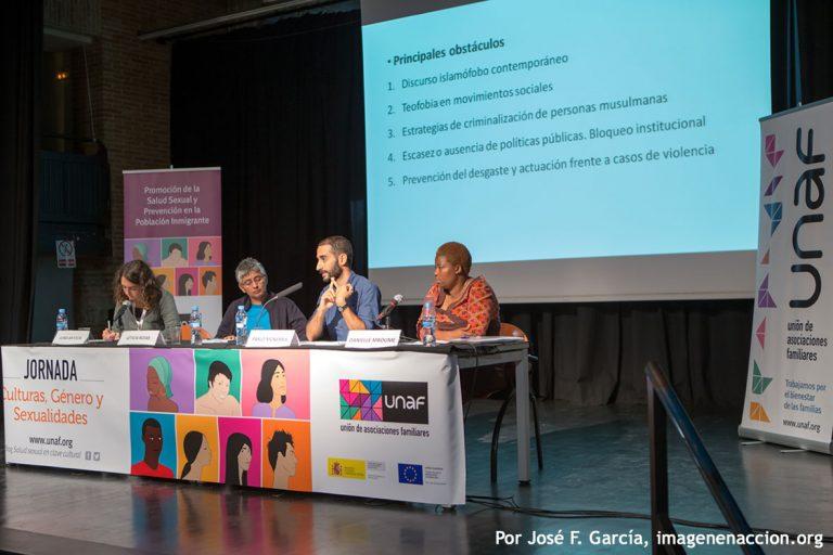 Mesa redonda : Activismo en defensa de la libertad y los derechos sexuales.